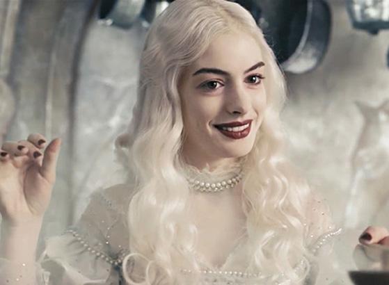 Anne Hathaway: From Awkward Teen to Oscar-Winning Lady, Snakkle Looks ... энн хэтэуэй
