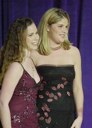 Barbara Bush and Jenna Bush in 2001